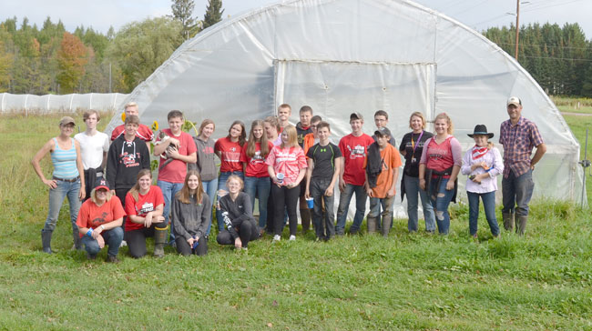 High School students taking part in community service at We Grow LLC